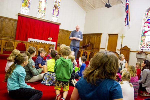 Rev. Rob explains God's Big Love to the kids